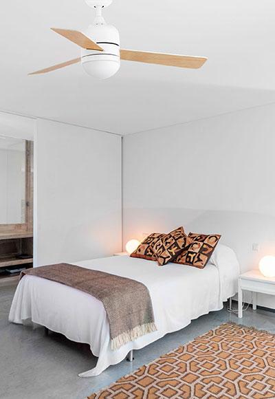 FARO 33606 stropní ventilátor v interiéru