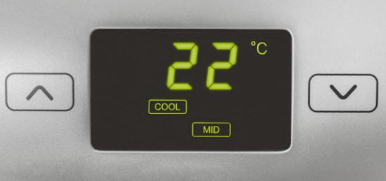 Mobilní klimatizace Trotec PAC 3550 PRO dvouhadicová, ovládací panel, detail na displej